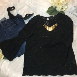 💕BELL SLEEVE LACE BLOUSE💕